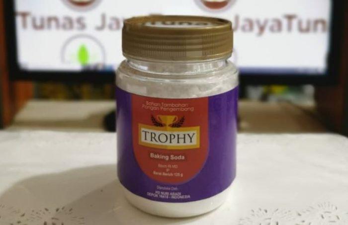 Trophy Baking Soda