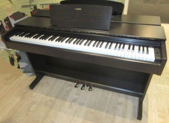 Merk Piano Digital Terbaik